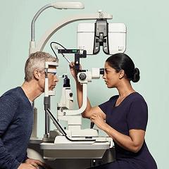 free-eye-test-specsavers